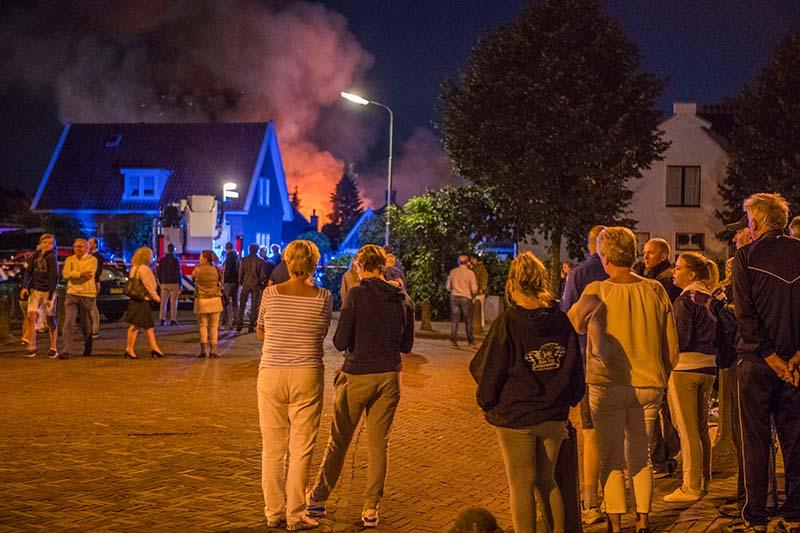 Grote brand Zijtak Laren_17aug2016_3088