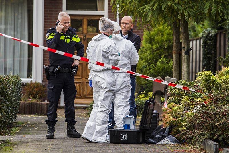 Politie-onderzoek op Comeniushof Hilversum_06nov2015_2630