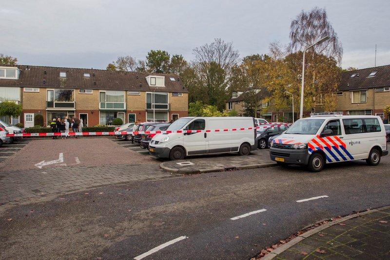 Politie-onderzoek op Comeniushof Hilversum_06nov2015_2647