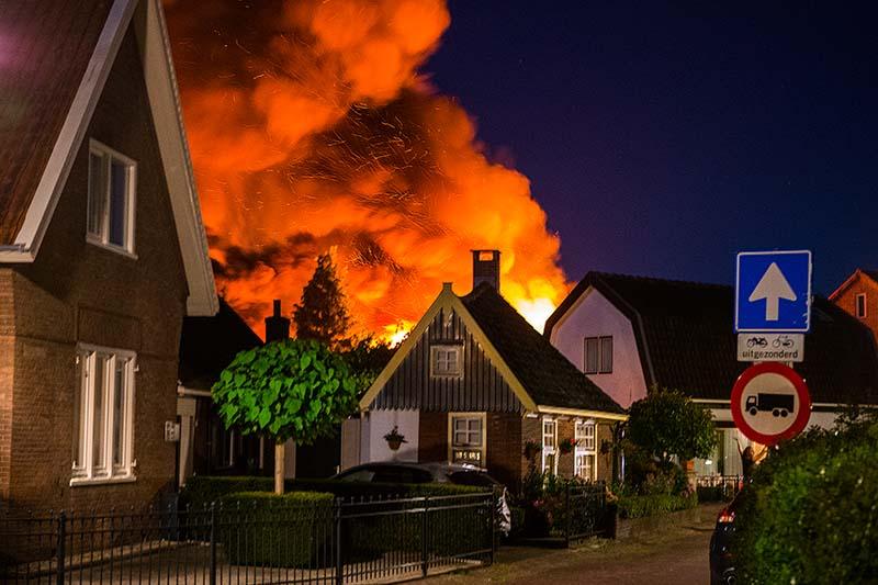 Grote brand Zijtak Laren_17aug2016_2932