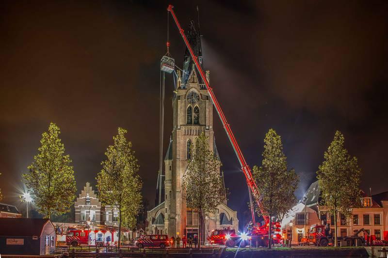 Zeer grote brand Sint-Laurentiuskerk Weesp